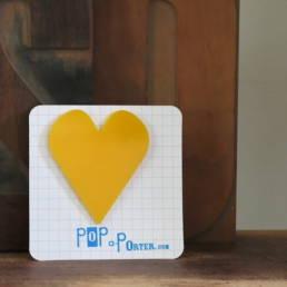 Coeur jaune de la marque Pop a Porter chez Chromosome A